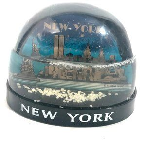 VINTAGE Snow Globe NWT New York WTC Twin Towers